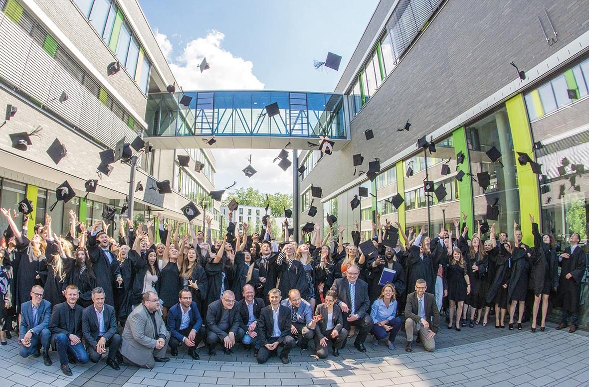Absolventenfeier an der Hochschule Rhein-Waal ...
